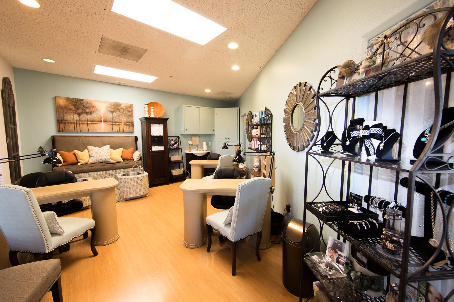 Amenities Signature Salon Studios Become A Boutique